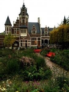 Antwerp Zoo Building