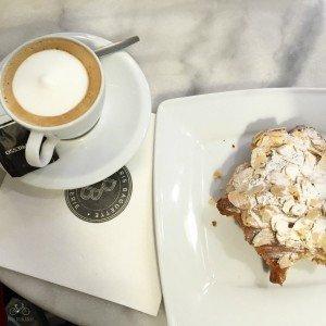 Coffee & Cake in Paris