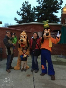 Goofy & Pluto at Disneland Paris