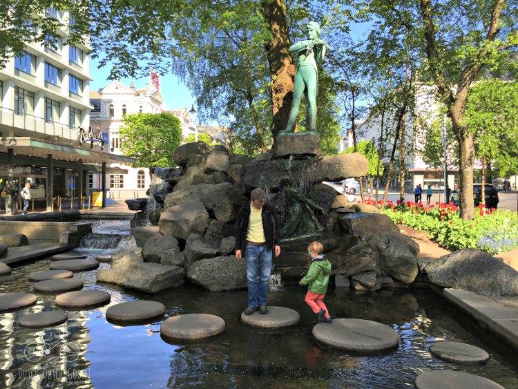 Bergen Fiddler Fountain
