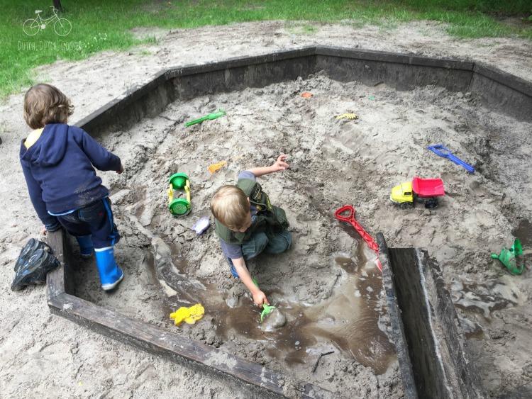 Camping Mud Play