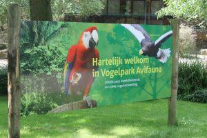 Vogelpark Sign