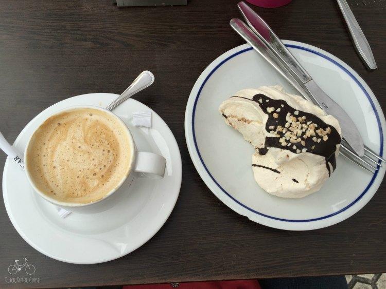 Coffee & Meraingue San Sebastian